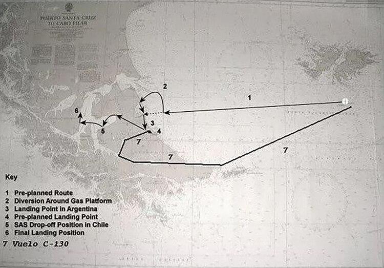 La ruta de la Operacion MIkado y los puntos acordados para que desembarcaran los SAS , primero en Argentina y como opción secundaria en Chile, donde finalmente recaló el helicóptero inglés Sea King ZA290 La incursión del C-130 fue abortada. y para deshacerse (Plano extraído del libro Special Forces Pilot)