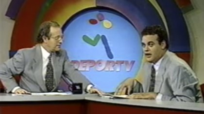 """Joserra"" fue el primero en acercarse a Faitelson, ya que notó la calidad del periodista (Foto: Captura de pantalla/DEPORTV)"