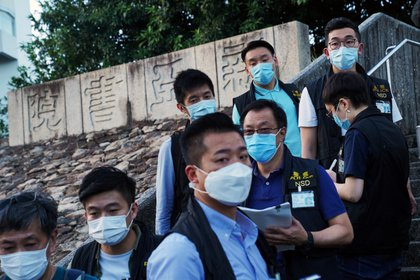 Policías de Hong Kong (Reuters)