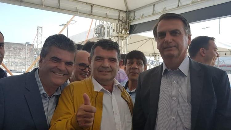 Alfredo Olmedo saluda a Jair Bolsonaro