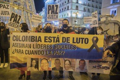 21/11/2020 Manifestación celebrada en Madrid, España, para denunciar el asesinato de líderes sociales en Colombia y la impunidad que existe en favor de sus responsables. POLITICA SUDAMÉRICA COLOMBIA LATINOAMÉRICA INTERNACIONAL ALBERTO SIBAJA / ZUMA PRESS / CONTACTOPHOTO