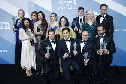"El elenco de ""The Marvelous Mrs. Maisel""  (Foto: Reuters/ Monica Almeida)"