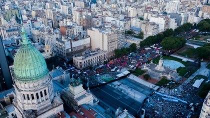 Movimientos a favor y en contra de la legalización del aborto el jueves Día del Maratón. (Thomas Kasky)