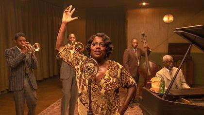 """Boseman recibió el premio debido a su interpretación de Levee en """"Ma Rainey's Black Bottom"""" (Foto: EFE/David Lee/Netflix)"""