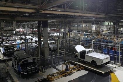 "Matías Kulfas aseguró que los distintos sectores de la economía ""aprendieron a producir en pandemia"". REUTERS/Agustin Marcarian"