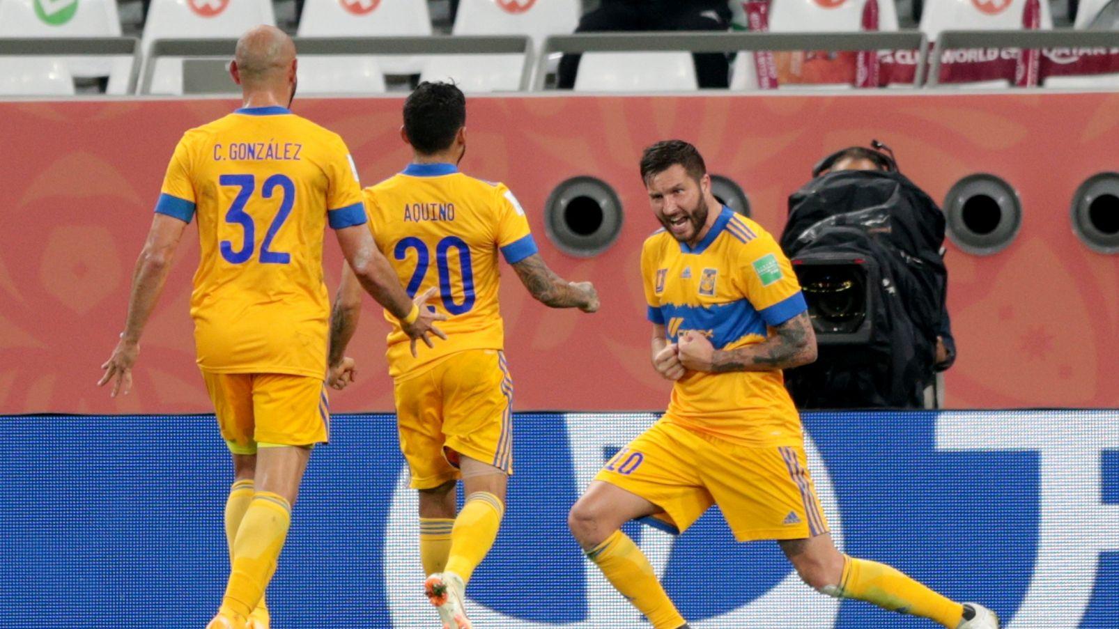 Andres Gignac festejando el gol con el que Tigres eliminó a Palmeiras en la semifinal del mundial de clubes