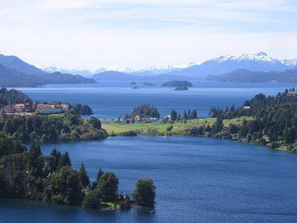 Bariloche es el destino más elegido por los estudiantes secundarios para realizar su viaje de egresados (Wikipedia)