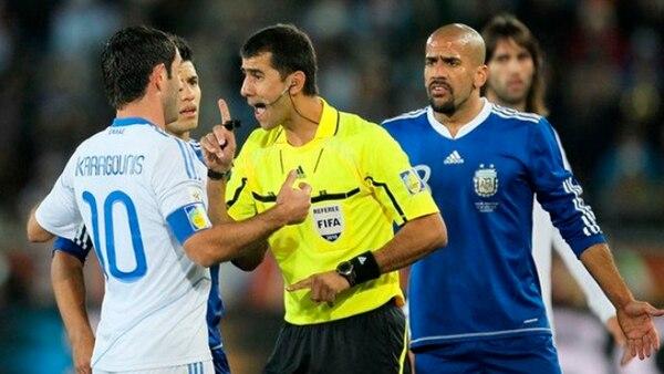 Irmatov en Argentina-Grecia por la primera ronda de Sudáfrica 2010