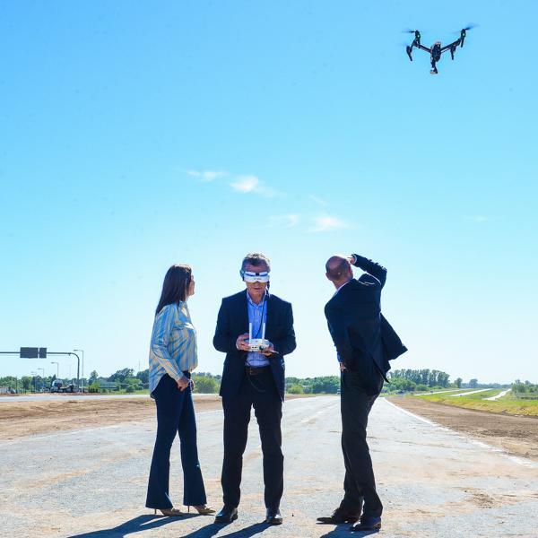 Resultado de imagen de Macri manejo un drone