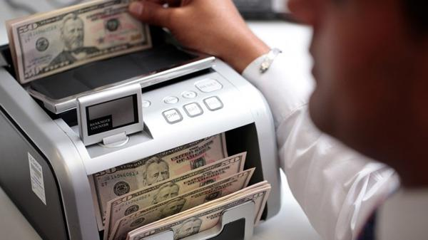 El dólar se consolidó sobre 14 pesos.