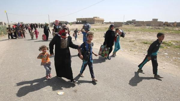 La población civil de Faluya abandona la ciudad por la amenaza de ISIS
