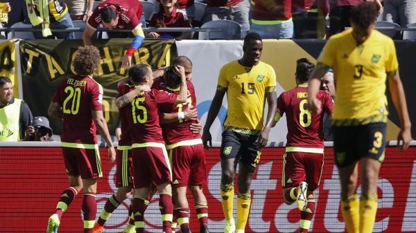 Los venezolanos sumaron sus primeros tres puntos en el certamen (EFE)
