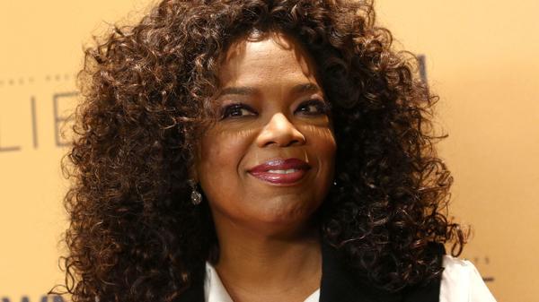 La conductora de televisión estadounidense, Oprah Winfrey, entre las 100 mujeres más poderosas del mundo (AP)