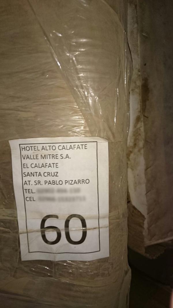 Los investigadores quieren saber por qué en 2016 había muebles destinados al hotel Alto Calafate en un depósito de Báez
