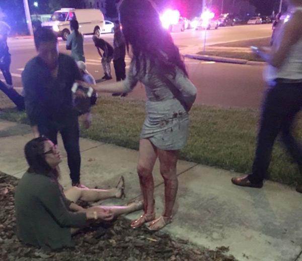 Algunas de las personas heridas luego del tiroteo en la discoteca gay de Orlando. (@ElHuffPost)