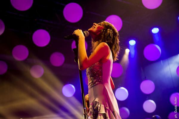 """Tini Stoessel presentó su nueva versión tras el éxito de """"Violetta"""""""