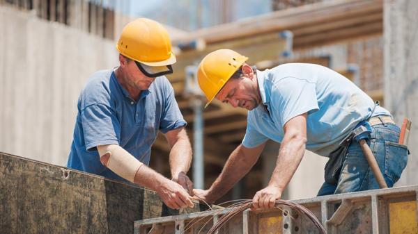 El Gobierno estudia una reforma tributaria integral para promover el empleo formal (NA)