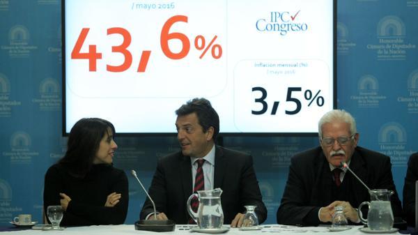 Sergio Massa y Aldo Pignanelli se mostraron críticos con la política del Gobierno (DyN)