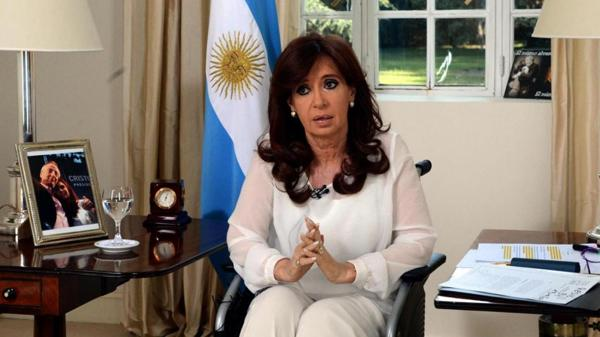 La ex presidente Cristina Kirchner, en la cadena nacional en la que habló de la muerte de Nisman