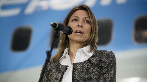 Isela Costantini (Adrián Escandar)