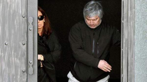 Cristina Kirchner, Lázaro Báez y una difícil relación después de la muerte de Néstor Kirchner (Opi Santa Cruz)