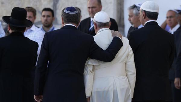 El rabino Abraham Skorka y el papa Francisco, en Jerusalén (mayo de 2014)