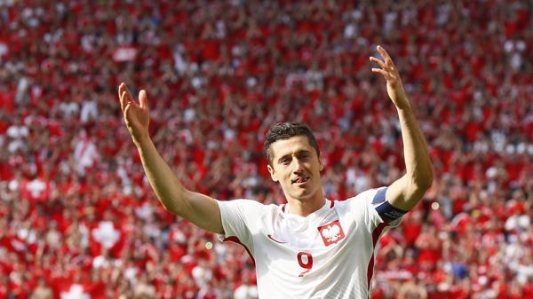 Robert Lewandowski, la gran figura de la Selección de Polonia (Reuters)