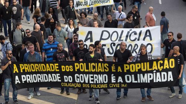 Una protesta de policías en Río la semana pasada (AP)