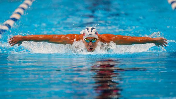 Michael Phelps ganó su primera medalla de oro en Río 2016 (Reuters)