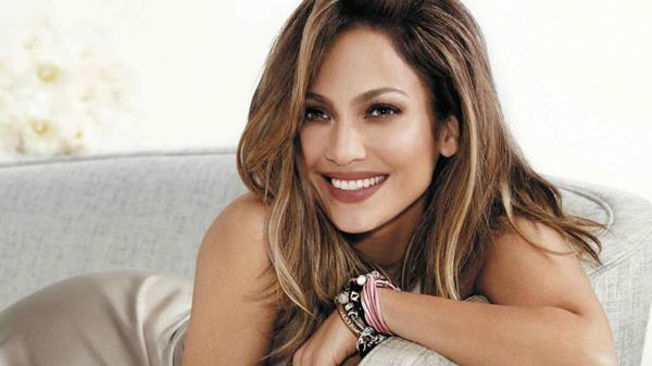 """Jennifer Lopez, una de las bellezas latinas """"eternamente jóvenes"""""""