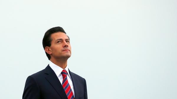 Enrique Peña Nieto invitó a los dos candidatos estadounidenses a discutir sobre las relaciones bilaterales (Reuters)