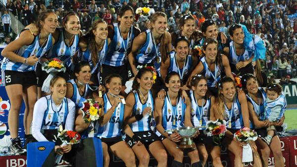 2010: Las Leonas vuelven a quedar en lo más alto del hockey sobre césped femenino al derrotar por 3 a 1 a Holanda en la definición del Mundial que se disputó en Rosario. El equipo nacional ya se había proclamado campeón en 2002