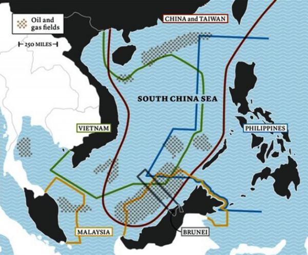 Corte de La Haya falló en contra de China en la disputa por un mar rico en petróleo ?op=resize&url=https%3a%2f%2fs3.amazonaws.com%2farc-wordpress-client-uploads%2finfobae-wp%2fwp-content%2fuploads%2f2016%2f07%2f12075655%2fSouth-China-Sea-Oil-Gas-Fields-Energy-Resources-Map-1024x851