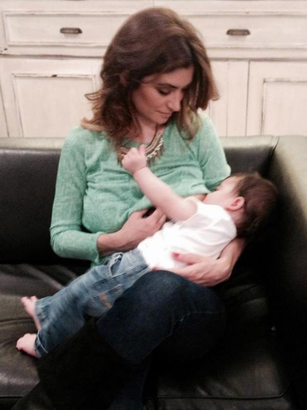 Carla Conte con su hijo Lucas
