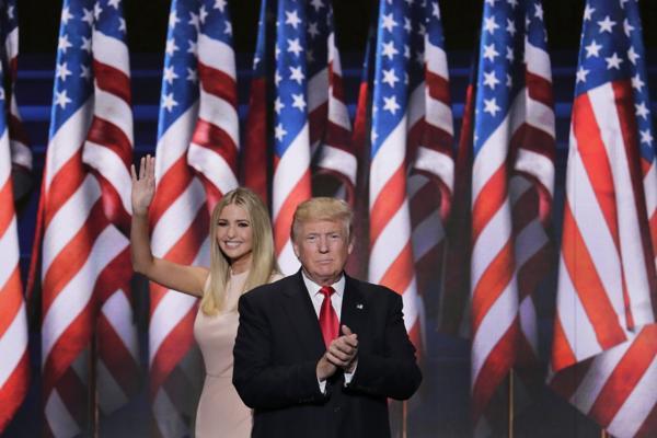 Trump y Clinton deberán enfrentarse en los debates presidenciales(AP)