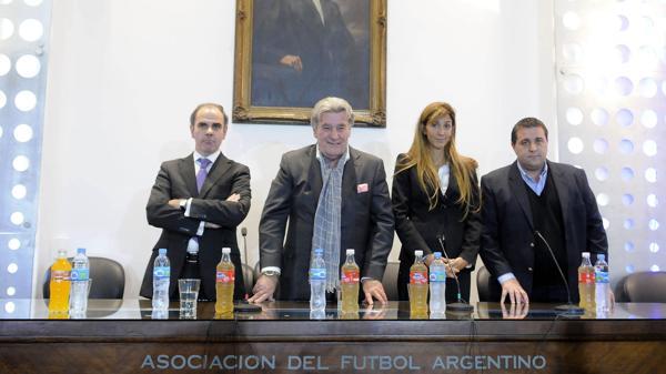 Comisión Regularizadora de la AFA: Javier Medín, Armando Pérez, Carolina Cristinziano y Pablo Toviggino (DyN)