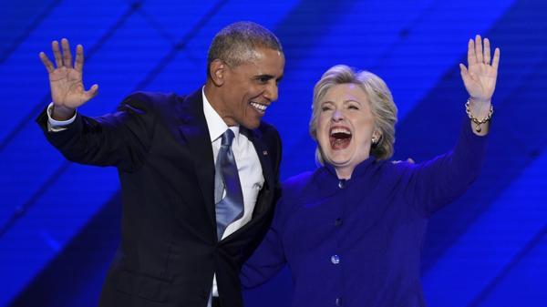 Barack Obama y Hillary Clinton en la convención demócrata (AFP)