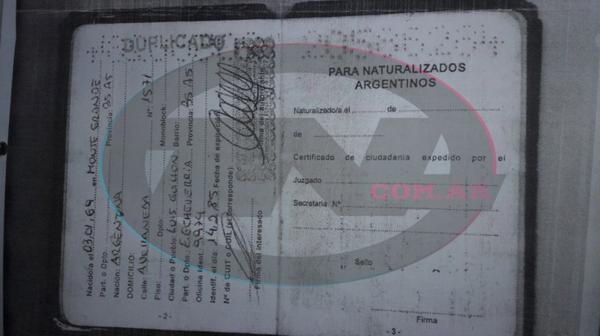 El documento argentino corresponde a José Luis Fernández