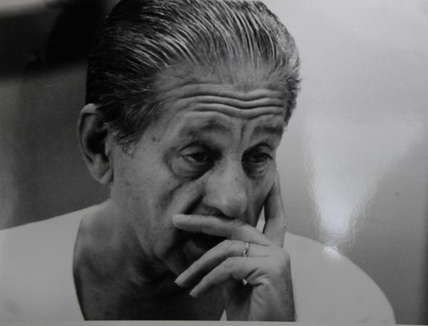 René Gerónimo Favaloro nació en la ciudad de La Plata en 1923. A sus 77 años, se suicidó