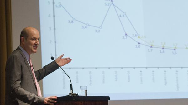 Federico Sturzenegger había anticipado el sendero declinante del costo del dinero (EFE)