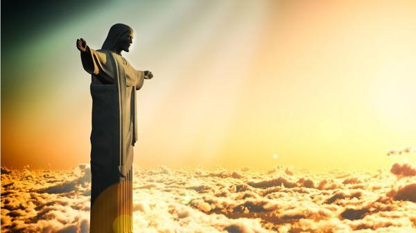 Mide 30 metros de altura y está acompañado por una capilla muy linda (Shutterstock)