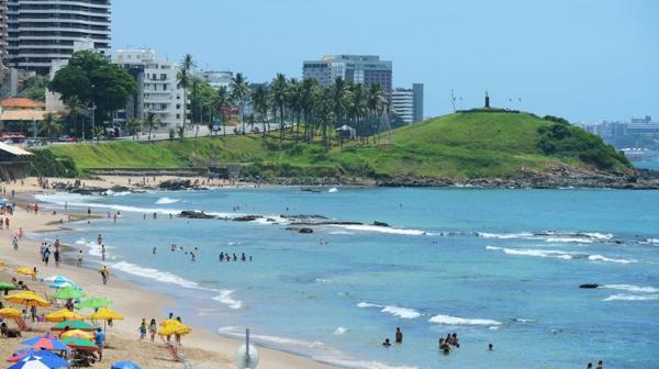 Si hay algo contrastante con Copacabana en materia de playas es Barra (Shutterstock)