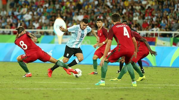 La Selección perdió en el debut ante Portugal (Nicolás Stulberg)