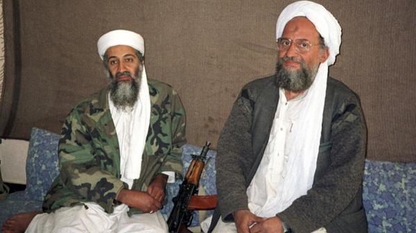 Bin Laden junto a Al Zawahiri