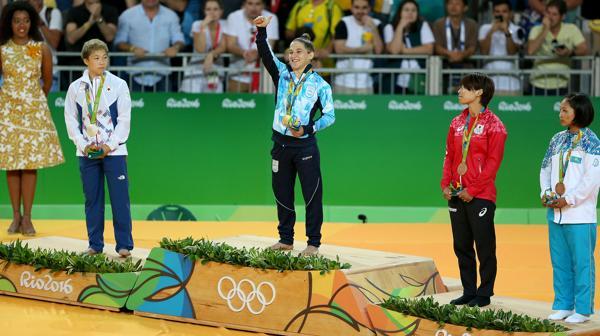Paula en lo más alto del podio en Río 2016 (Nicolás Stulberg)