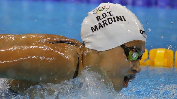 Yusra Mardini, la abanderada de los refugiados, compitió en natación (EFE)
