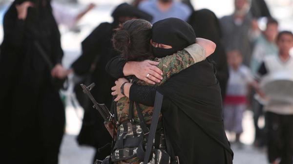 Terrorismo en el Mundo - Página 10 ?op=resize&url=https%3a%2f%2fs3.amazonaws.com%2farc-wordpress-client-uploads%2finfobae-wp%2fwp-content%2fuploads%2f2016%2f08%2f12165203%2fManbij-ciudad-liberada-Isis-1920-portada