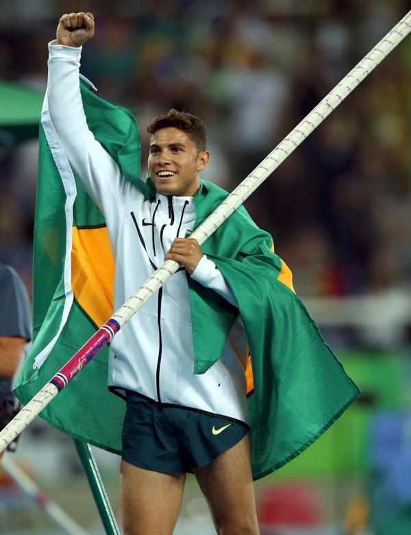Thiago Braz saltó 6.03 metros para quedarse con el oro(Reuters)