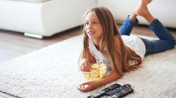 El 85% de los alimentos publicitados tienen bajo valor nutritivo (Shutterstock)