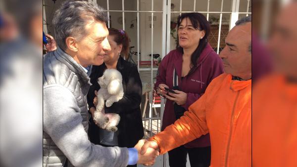 Mauricio Macri en la localidad de San Miguel (@mauriciomacri)